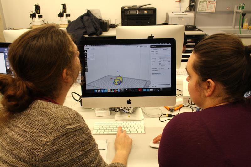 Arbeit an der CAD-Konstruktion
